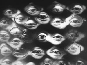Siapa melihat siapa? Motif mata seperti ini berulang pada banyak film dekade 1920-30an, termasuk pada karya ambisius Fritz Lang, Metropolis.